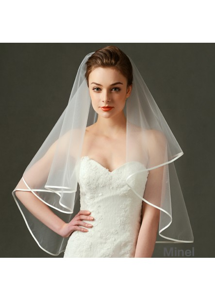 Bridal wedding dress wedding veil manufacturers wholesale exquisite edging short yarn Wedding Veil T901554087742